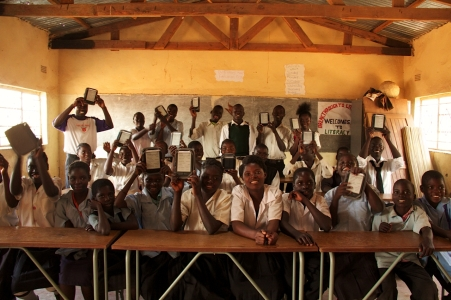 Students at the Worldreader launch at the Dwankhozi Community School in Zambia