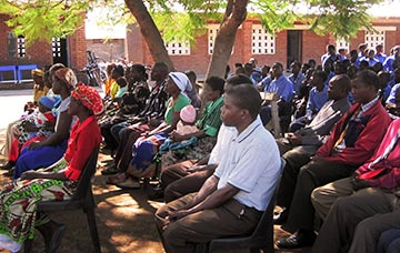 Students and community members at the Rosemary Pencil launch, Worldreader's first project in Malawi