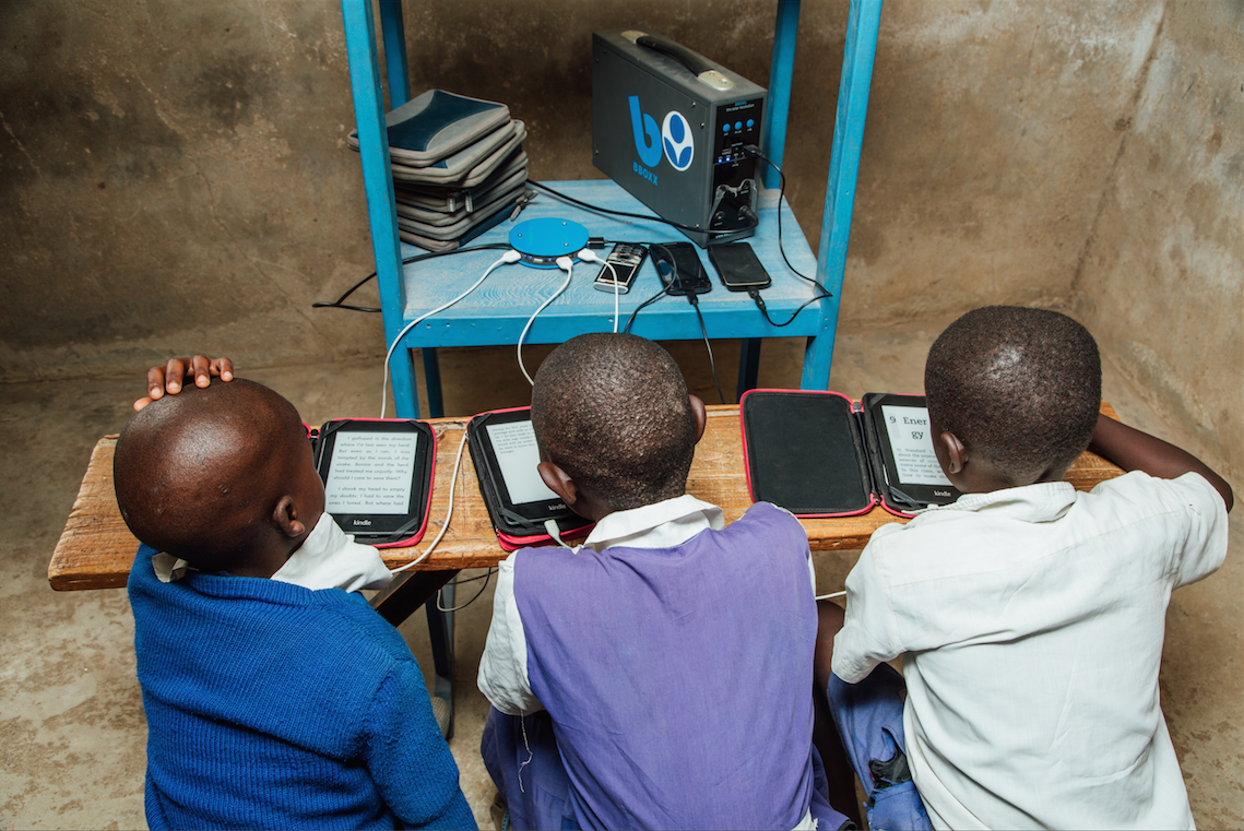 Worldreader Solar in a Classroom
