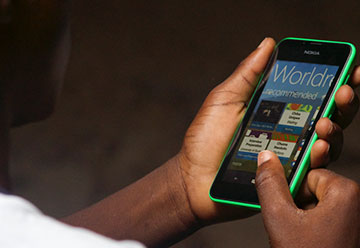 Windows Phone with Worldreader Mobile app