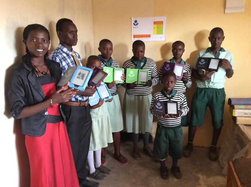 worldreader launch uganda e-readers