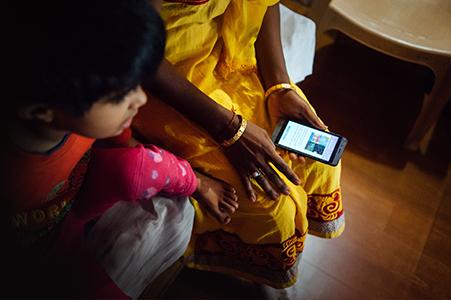 e-reader teacher training in a school.