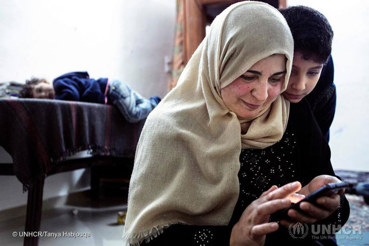 syrian refugee mobile phone