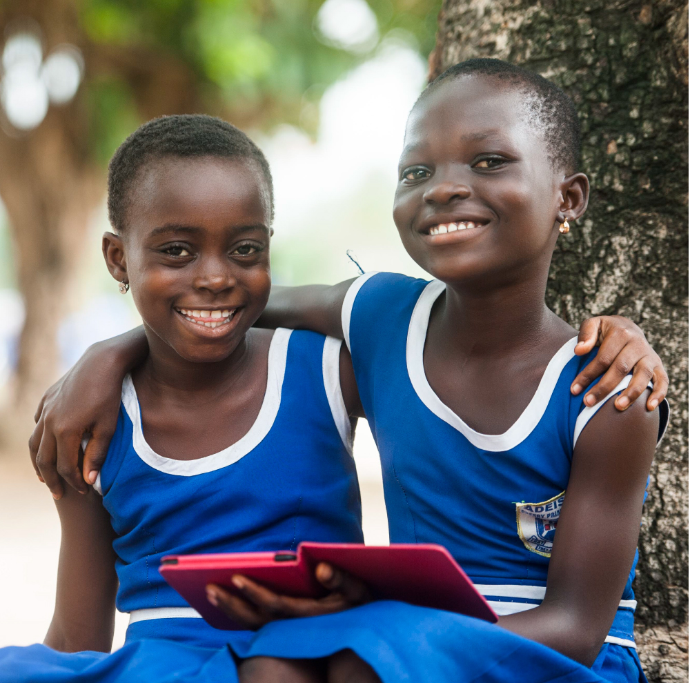 Girls in Ghana with a Kindle