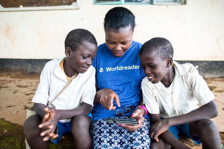 worldreader digital reading kenya