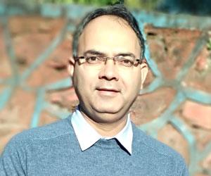 Photo of Pradeep Kumar